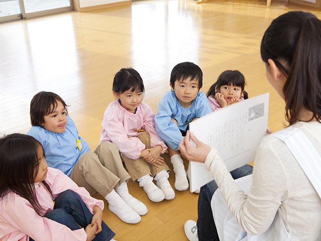 幼稚園や保育園は本来「過酷な現場」