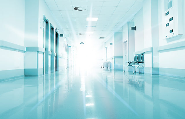 病院と清掃業者のコロナ対策を学ぶ